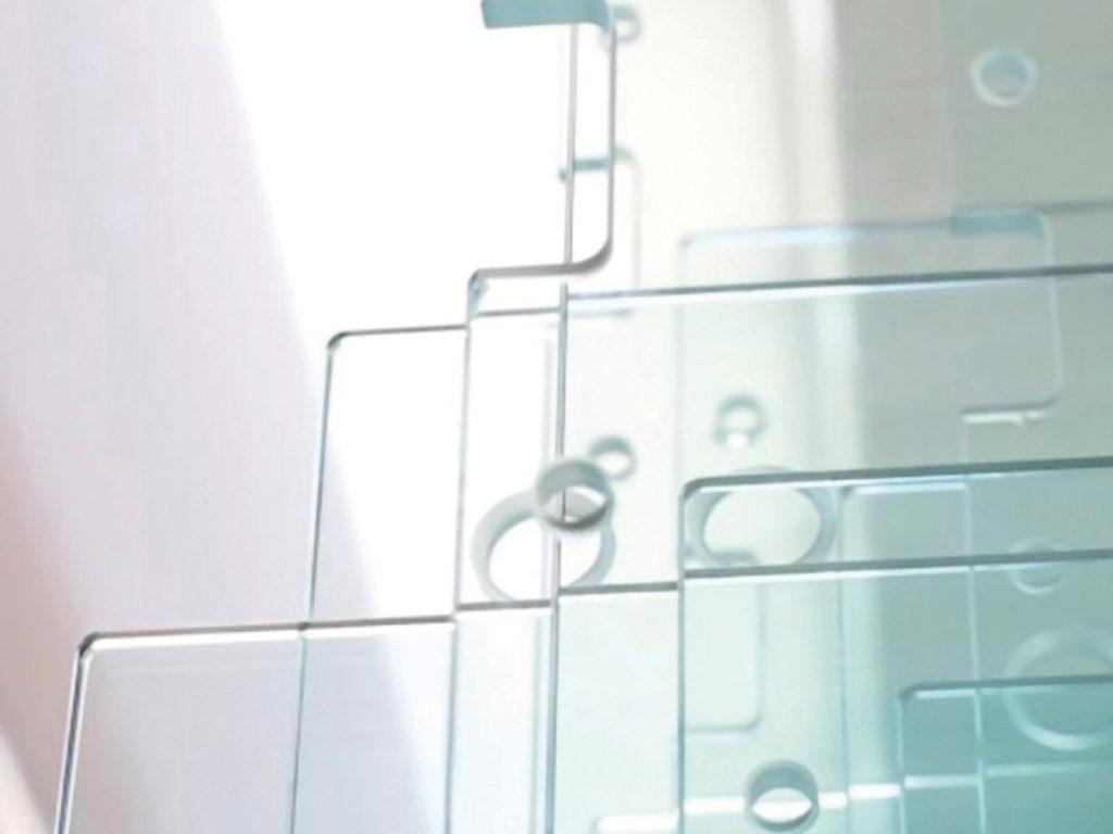 Где может понадобиться сверление стекла